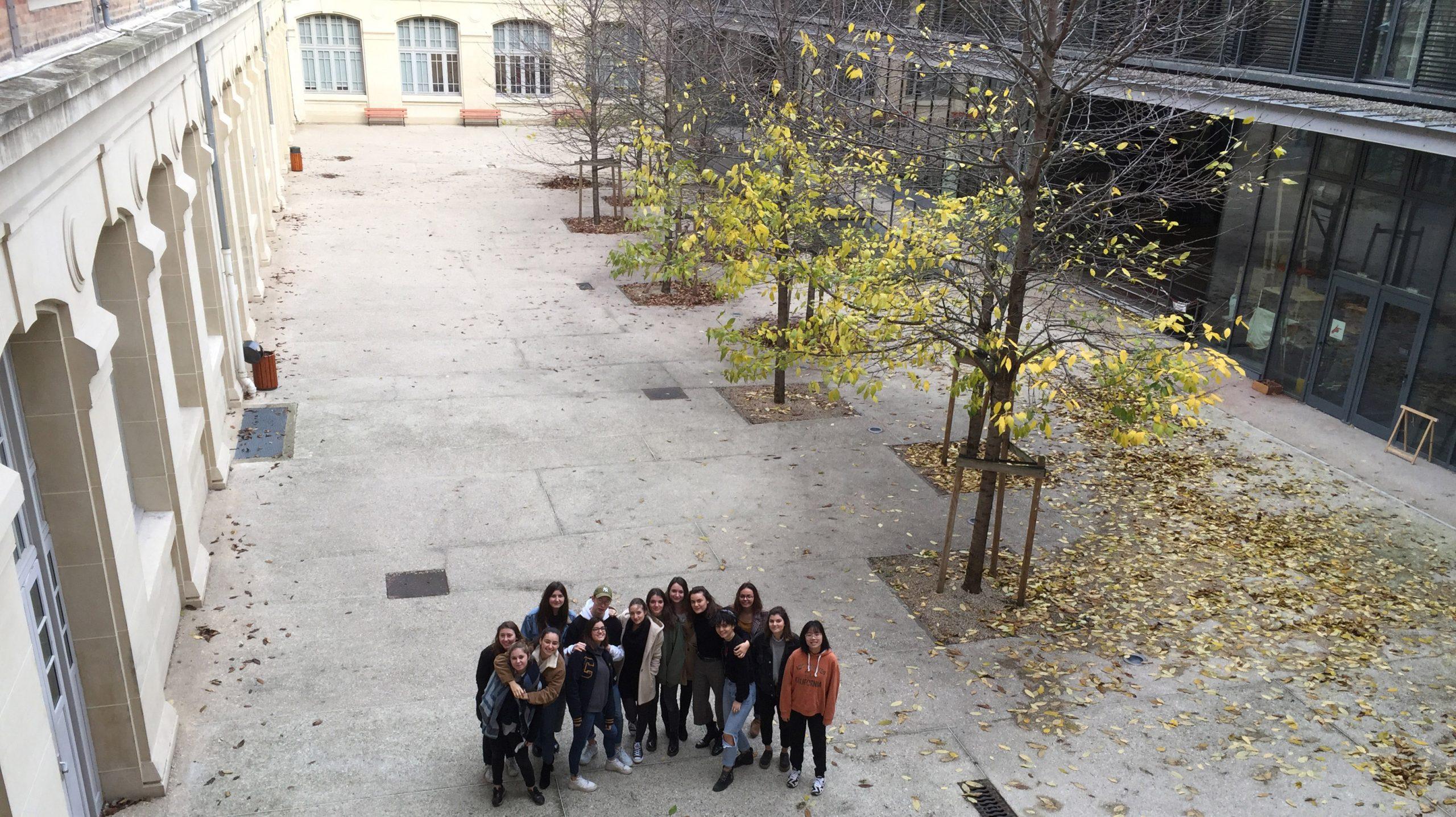 «Cour Oasis», Innovation Sociale et Design Stratégique pour les écoles parisiennes